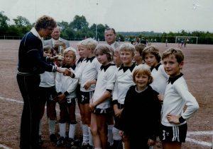 Quizfrage: Wer befindet sich auf diesem Bild von einem Turnier in Sünninghausen? Antwort: Spieler von links nach rechts: Frank Rückert,